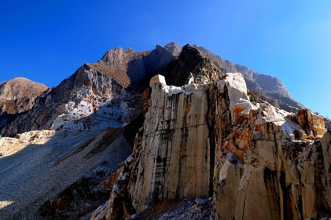 Private Marble Tour: Fantiscritti marble quarry & wine experience in Luni