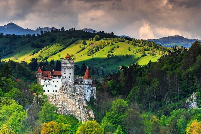 Day Tour in Dracula's Castle from Bucharest with Hotel Pick-up/Drop-off