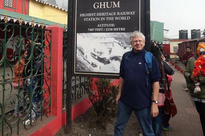 Colonial Heritage Walking Tour in Darjeeling