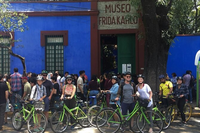 Mexico City Bike Tour: Coyoacan and Frida Kahlo Museum ENTRANCE INCLUDED