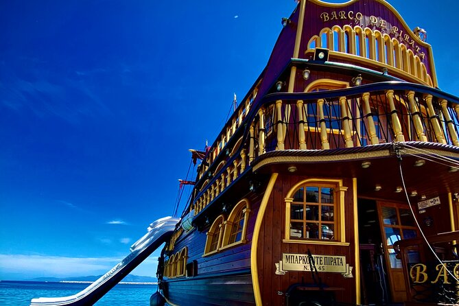 Barco De Pirata Cruise at 3 Islands in Greece