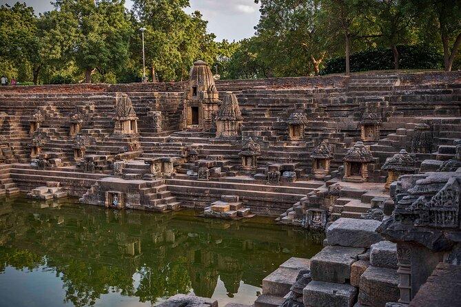Historical & Regal Sights of Gujarat Tour