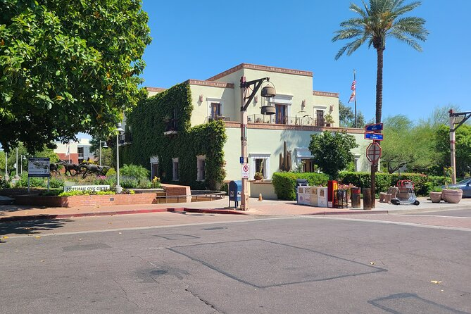 City and Nature Tour. Lunch & Drinks. Scottsdale, Phoenix, Tempe. Small Group.