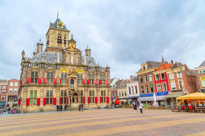 Delft Highlights Private Tour: The Blue's Clues Exploration Game