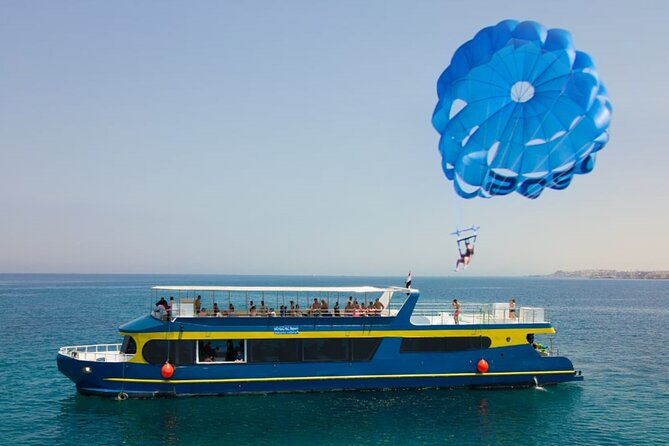 Catamaran Cruise Snorkeling Sea Trip & Parasailing Mega Adrenaline - Hurghada