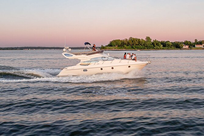4-Hour Private Yacht Charter in New York