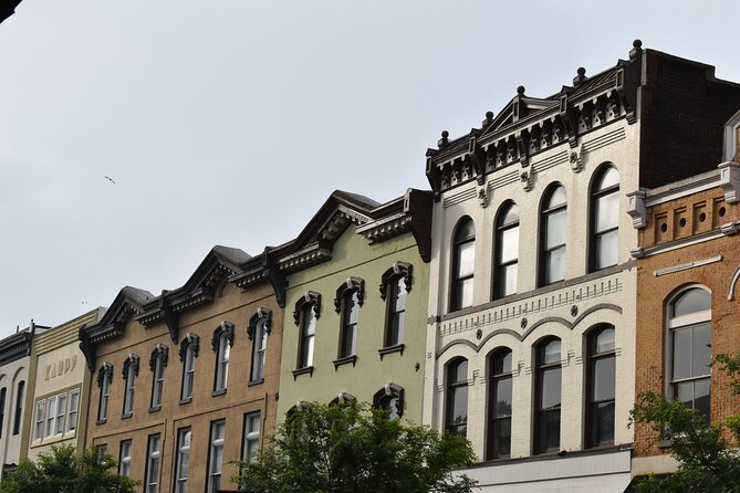 A Self-Guided Audio Tour in Savannah: Johnson Square to Independent Presbyterian