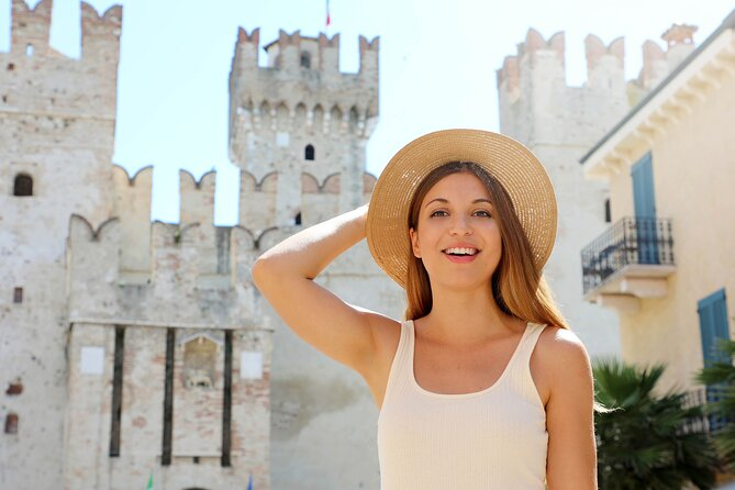 Private Day Trip to Lake Garda with a local: Best of Sightseeing, Food & Drinks