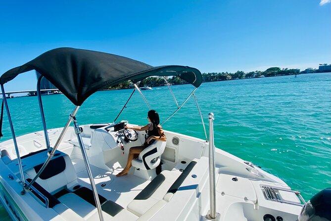 2-hour Private BYOB Boat Tour with Aquarius Boat Tour in Miami