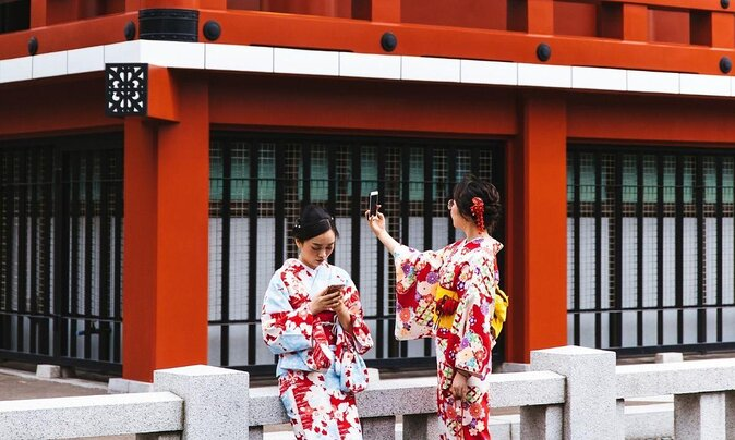 Visiting Tokyo for the First Time? Here's What to See and Do