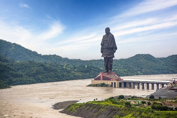 Full Day Trip to Statue of Unity from Ahmedabad In Premium Car