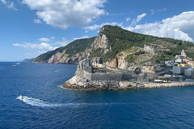 Tour from Portovenere to the Cinque Terre by boat