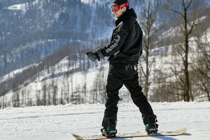 Adult and Youth Snowboard Rental Packages in Breckenridge
