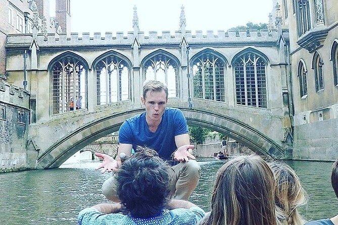 Distanced | Cambridge University Walking & Punting Tour Led By University Alumni