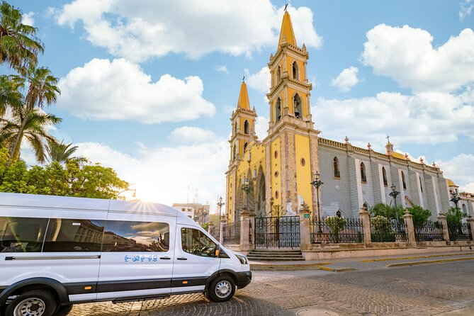 Mazatlan Sightseeing and Golden Zone Private Vehicle