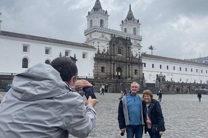 Excursión privada de un día a Quito y Medio del Mundo