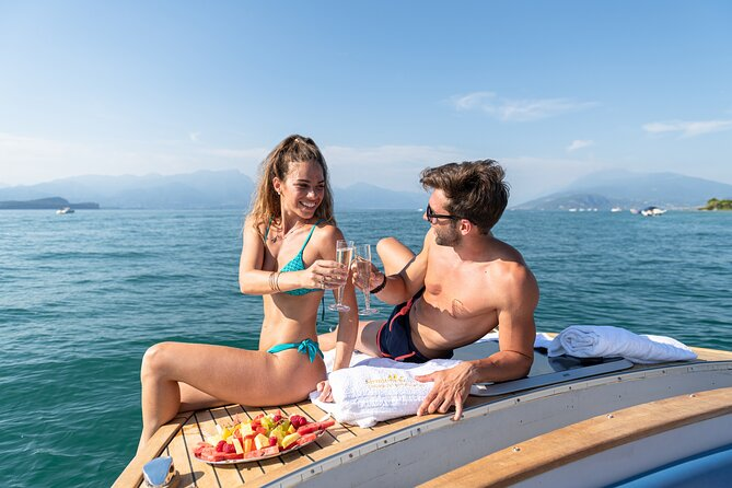 Lake Garda Sunset Cruise from Sirmione with Prosecco and fresh fruits