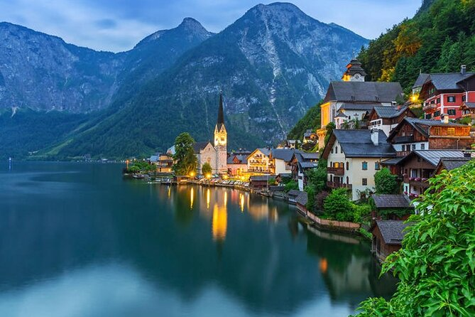 Private Full-Day Tour of Hallstatt and Salzkammergut from Salzburg with Options