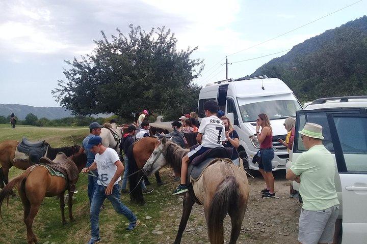 Xinaliq adventure tour with local guide