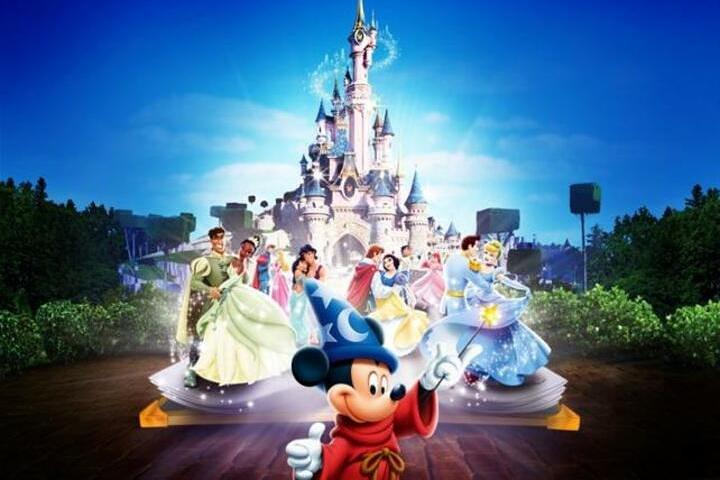 https://media.tacdn.com/media/attractions-splice-spp-720x480/07/9f/18/fb.jpg