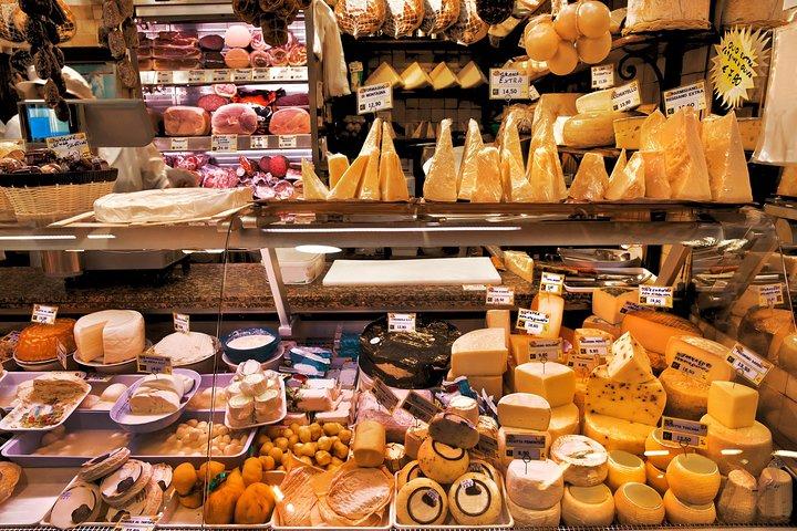 excursion-a-pied-avec-degustation-des-fromages-et-vin
