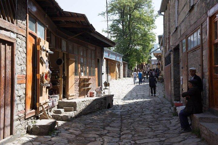 Shamakhi Ismayilli Lahij Tour