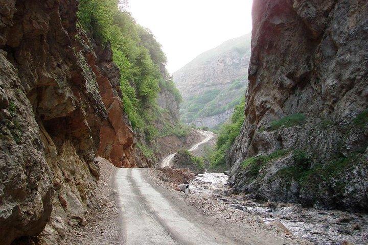 Khinalug - Kalaykhudat Hiking Tour