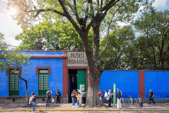 Visitors queue outside Frida Kahlo's Blue House in Coyoacán, Mexico City.