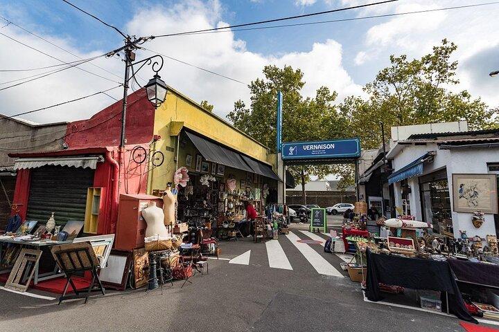 Alleyways and shops of the Saint-Ouen Flea Market in Paris