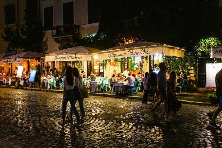 Outside view of Ristorante Dolce Vita in Rome